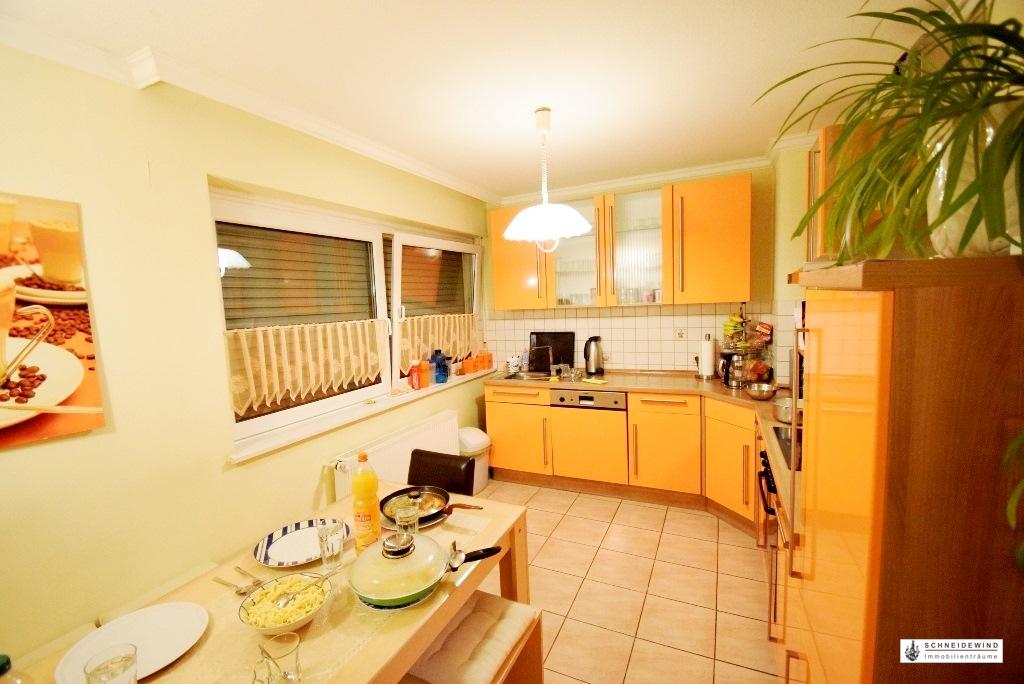 12. Küche mit Essbereich