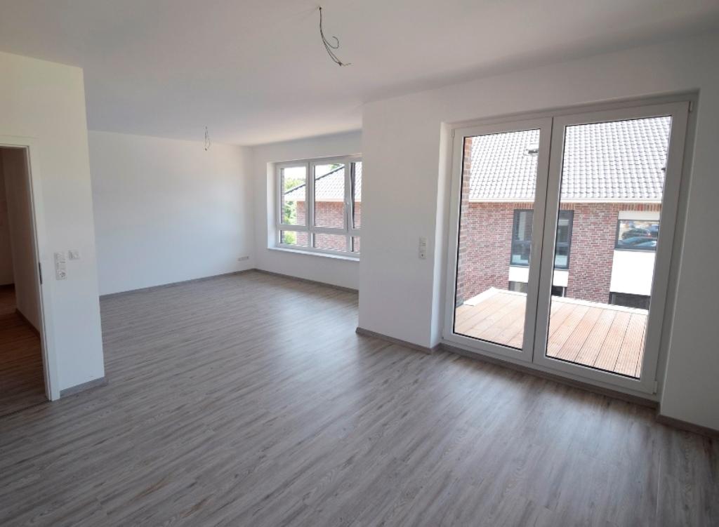 Großes Wohnzimmer mit vielen Stellmöglichkeiten für Ihre Möbel