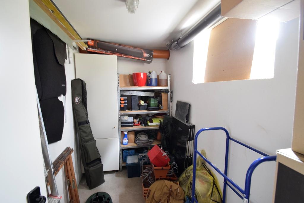 28. Zusätzliche Staufläche im Kellerraum