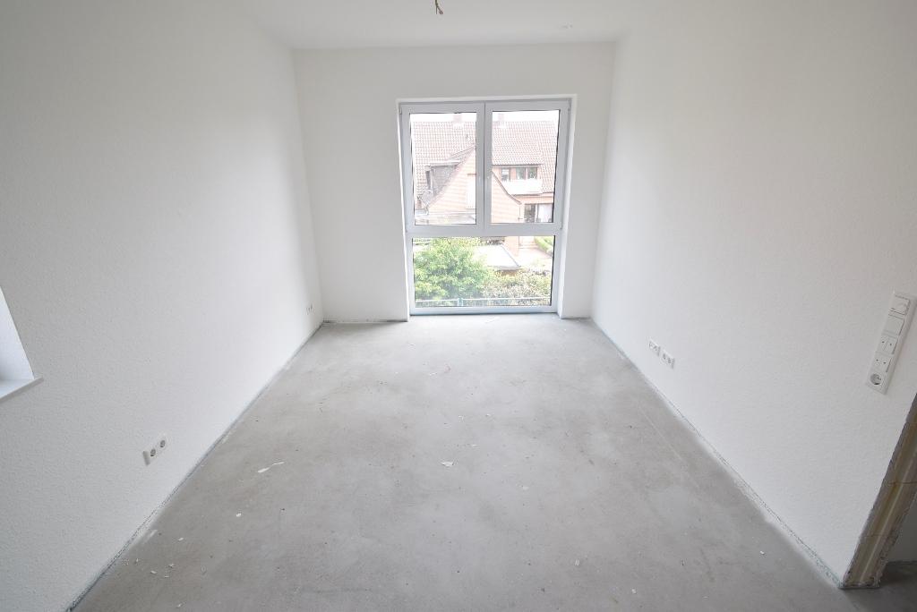 Bodentiefe Fenster sorgen für viel Licht in den Räumen