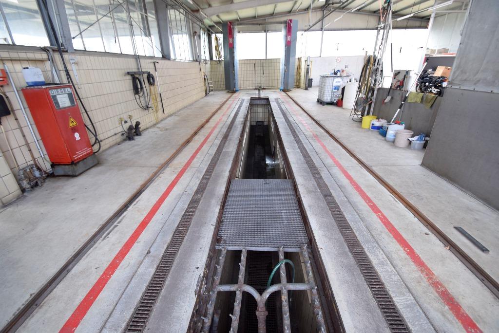 12. Unterboden - Buswaschanlage