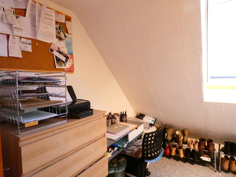 Büro oder Ankleidezimmer