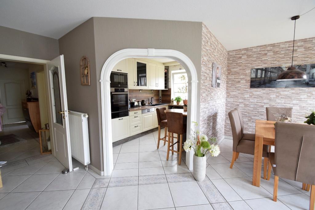 13. Direkter Zugang in die schöne Küche
