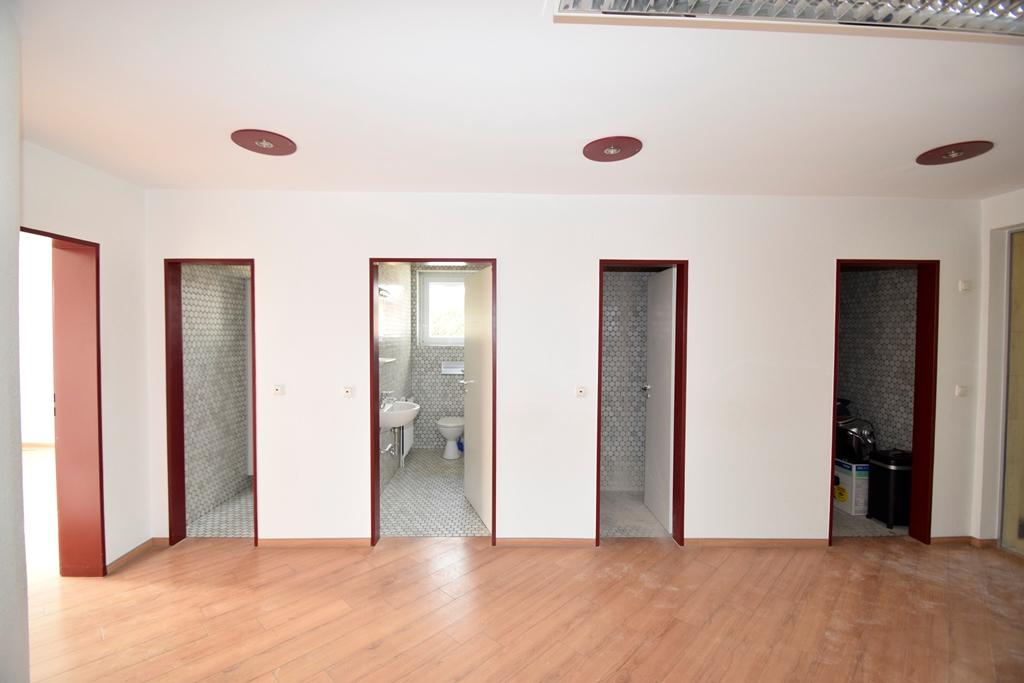Toiletten, Abstellraum und Sozialraum