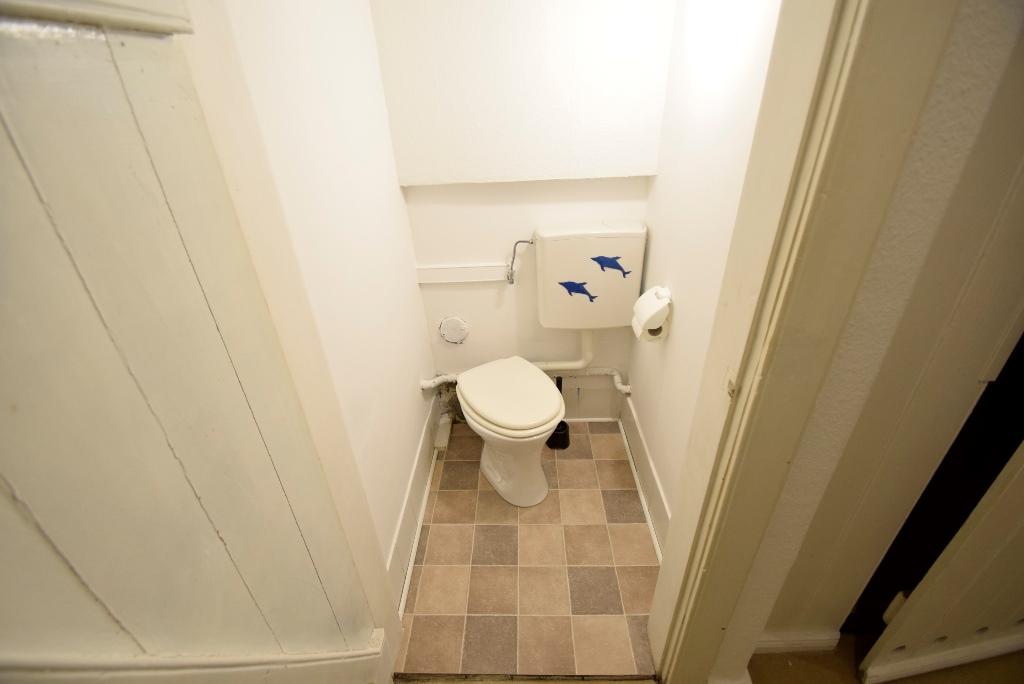 Toilette im Souterrain
