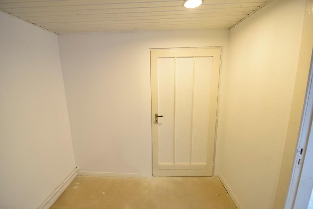 Tür zum Heizungskeller