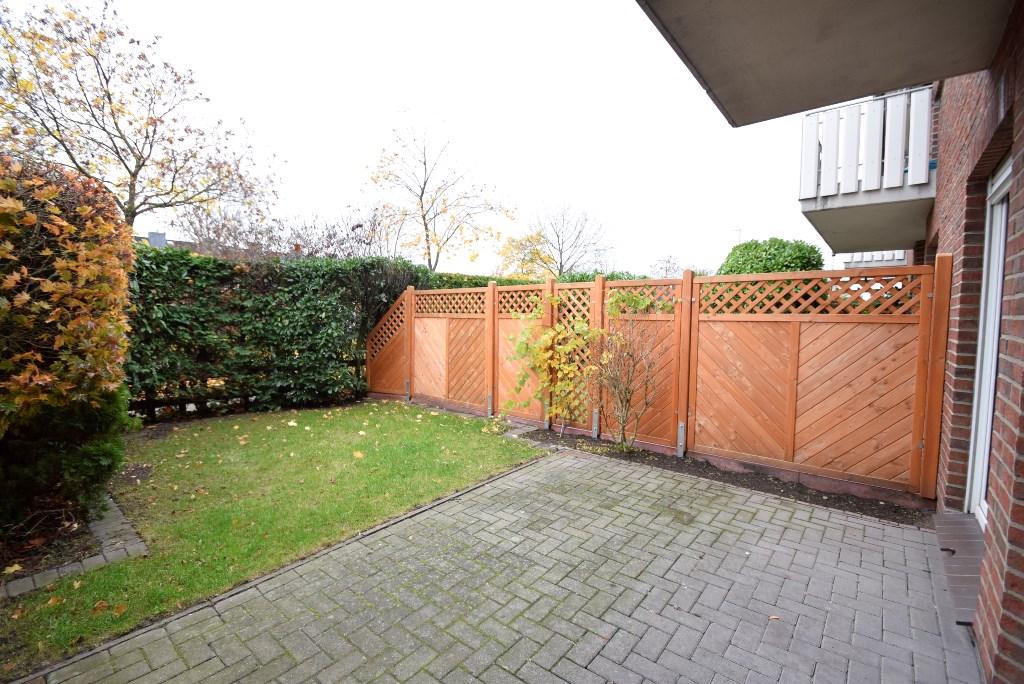 10. Terrasse mit Gartenbereich