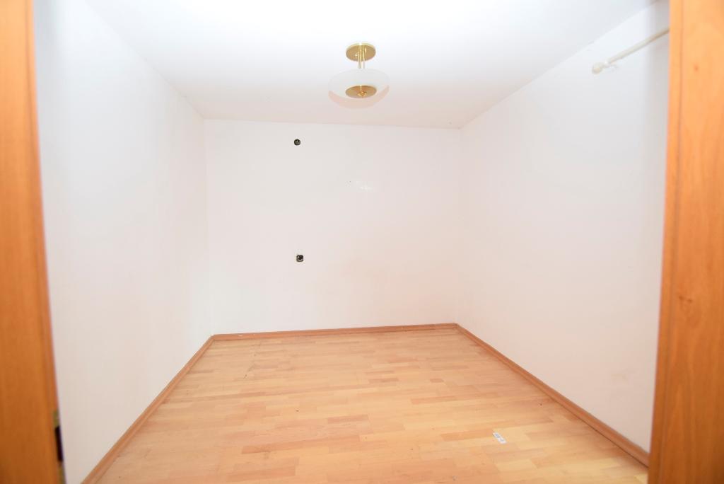 46. Schlafzimmer in der Einliegerwohnung