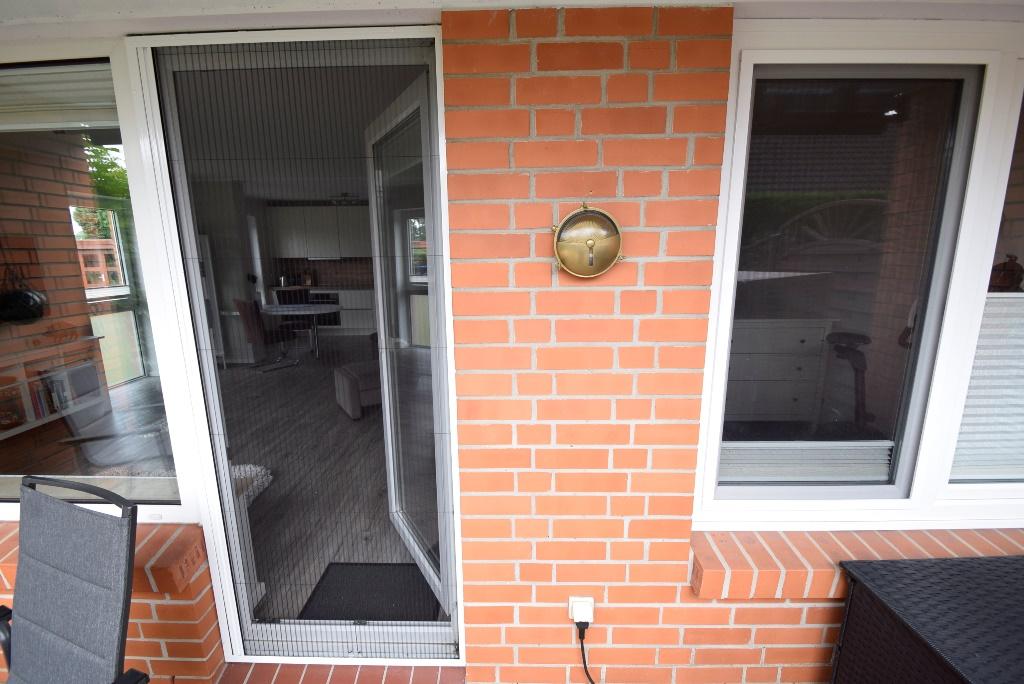 Fliegenschutzgitter an den Fenstern und Türen