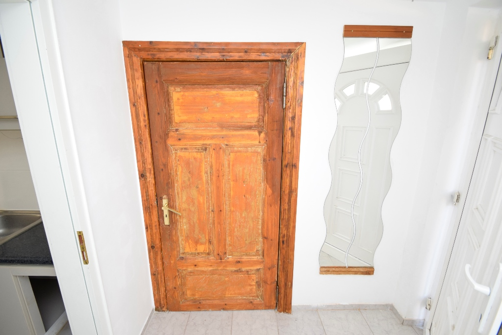Schöne, alte Holztüren sorgen für einen Fachwerkcharme
