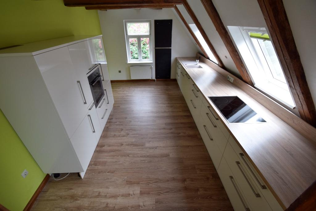 Blick in die Einbauküche