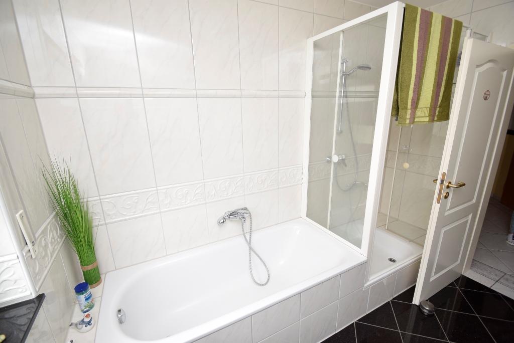 26. Badewanne und Dusche